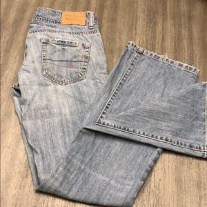 AE low rise jeans, size 4. Wide boot cut.
